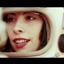 Begin at the end. Regie/Director: Juliana Neuhuber.